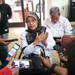 Dokter Retno Saat di Wawancara awak Media