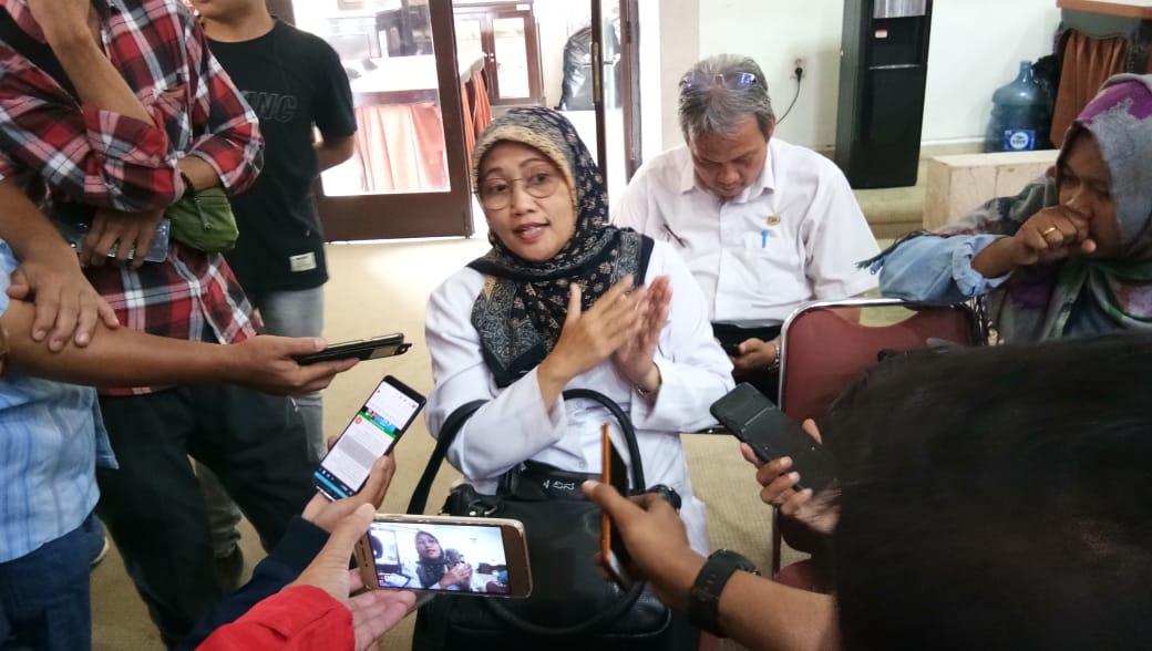 Dokter Sri Nowo Retno Saat di Wawancara awak Media